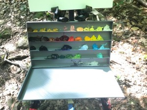 4-paint shelf